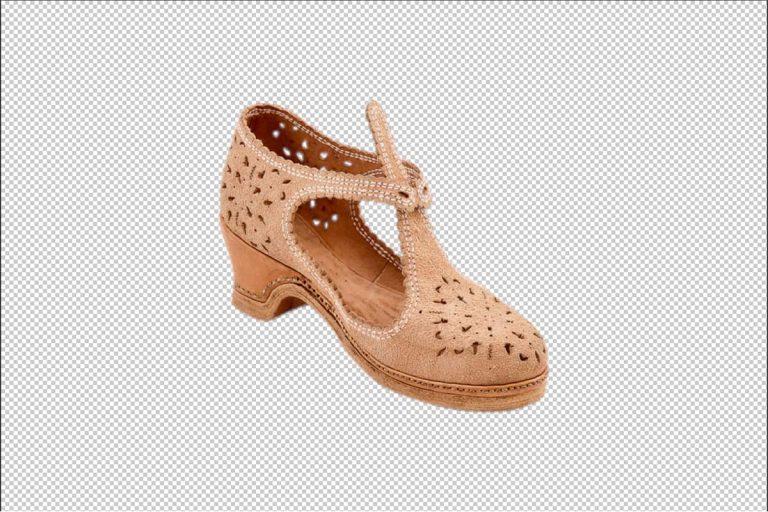 productfotografie packshot schoenen kinderschoen kinderhakje transparante achtergrond bruin 768x512 - bewerken van productfoto's