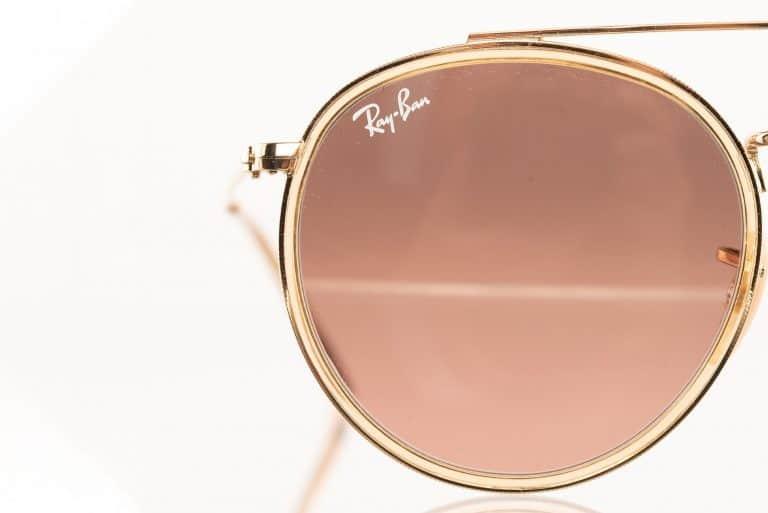 productfotografie packshot brillen zonnebril rayban goud 768x513 - Productfotografie van brillen