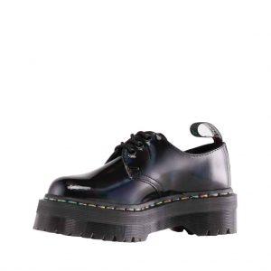 productfotografie packshot schoenen drmartens laag platform regenboog lak zwart 300x300 - Productfotografie van schoenen