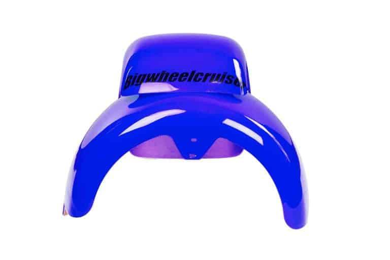 productfotografie packshot scooters spatbord bigwheelcruiser blauw 768x512 - Productfotografie van scooters