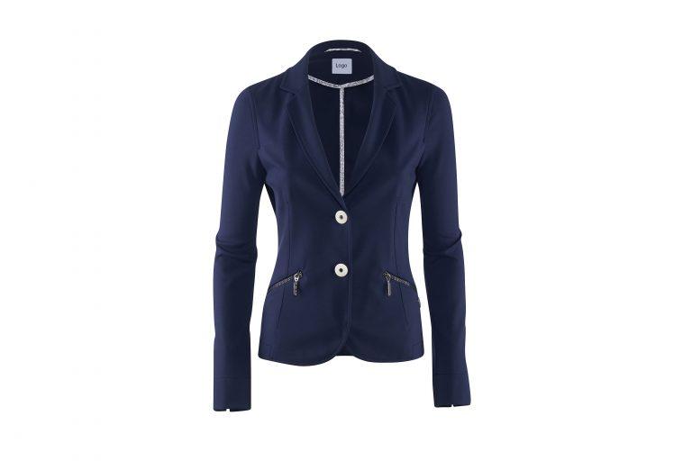 productfotografie packshot kleding blazer blauw donkerblauw 768x512 - bewerken van productfoto's