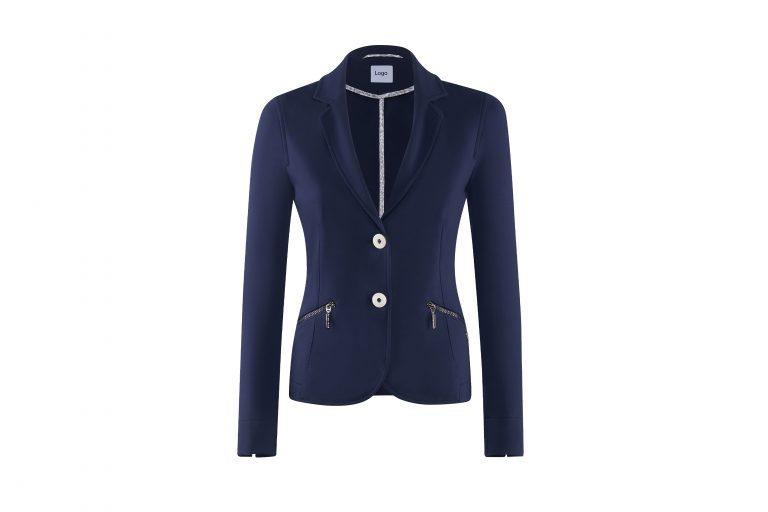 productfotografie packshot kleding blazer strak getrokken blauw donkerblauw 768x512 - bewerken van productfoto's