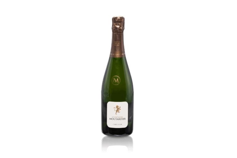 Productfotografie productfoto wijn champagne spiegeling groen 768x512 - productfotografie van flessen