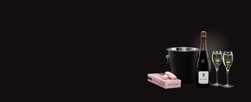 productfotografie packshot wijn sfeerfotografie sfeerfoto zwarte achtergrond 1024x418 - productfotografie van flessen
