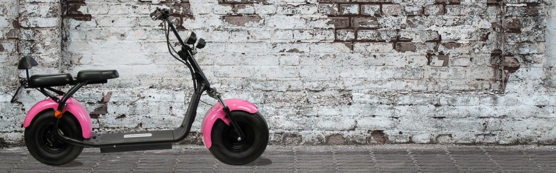 productfotografie scooter sfeer roze pag2ytr2c3sa1v89fek84lw5pk3qwn7qc8edf9dbzc - Productfotografie van scooters